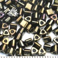 Triangle seed Beads Toho